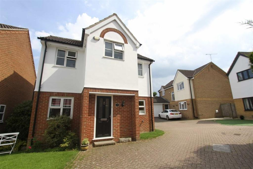 4 Bedrooms Detached House for sale in Lampern Crescent, Billericay, Essex, CM12 0FD