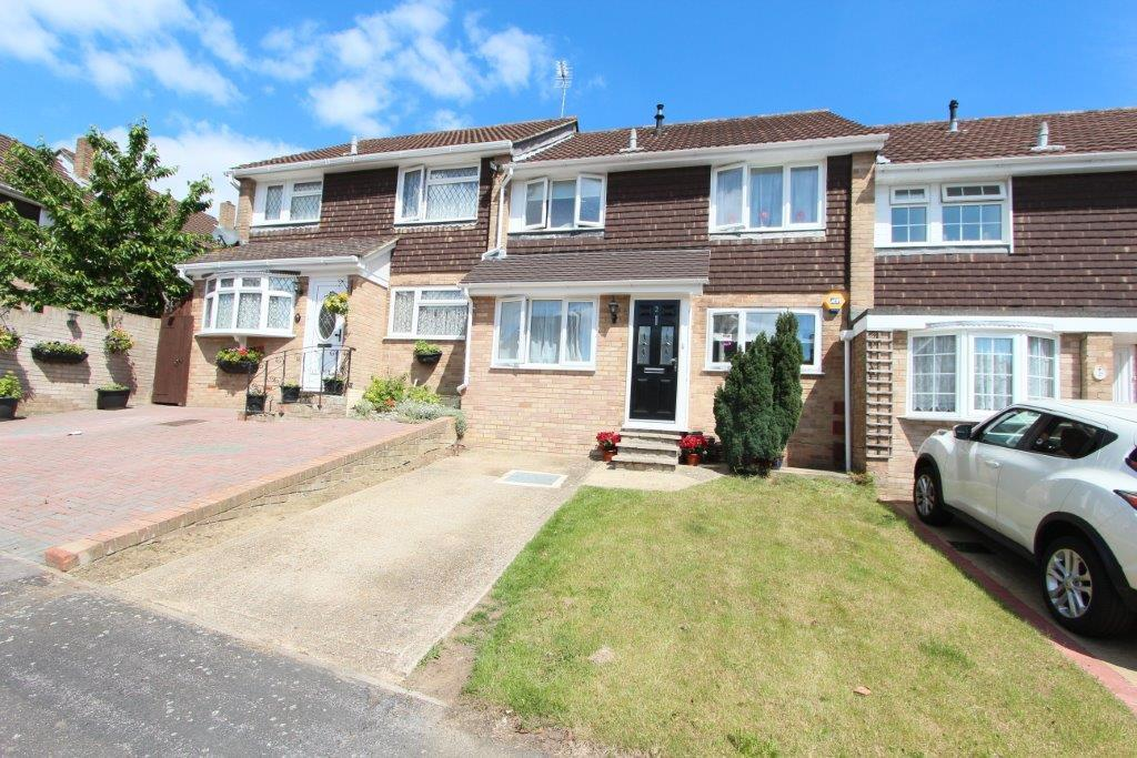 3 Bedrooms Terraced House for sale in Batchelor Green, Bursledon SO31