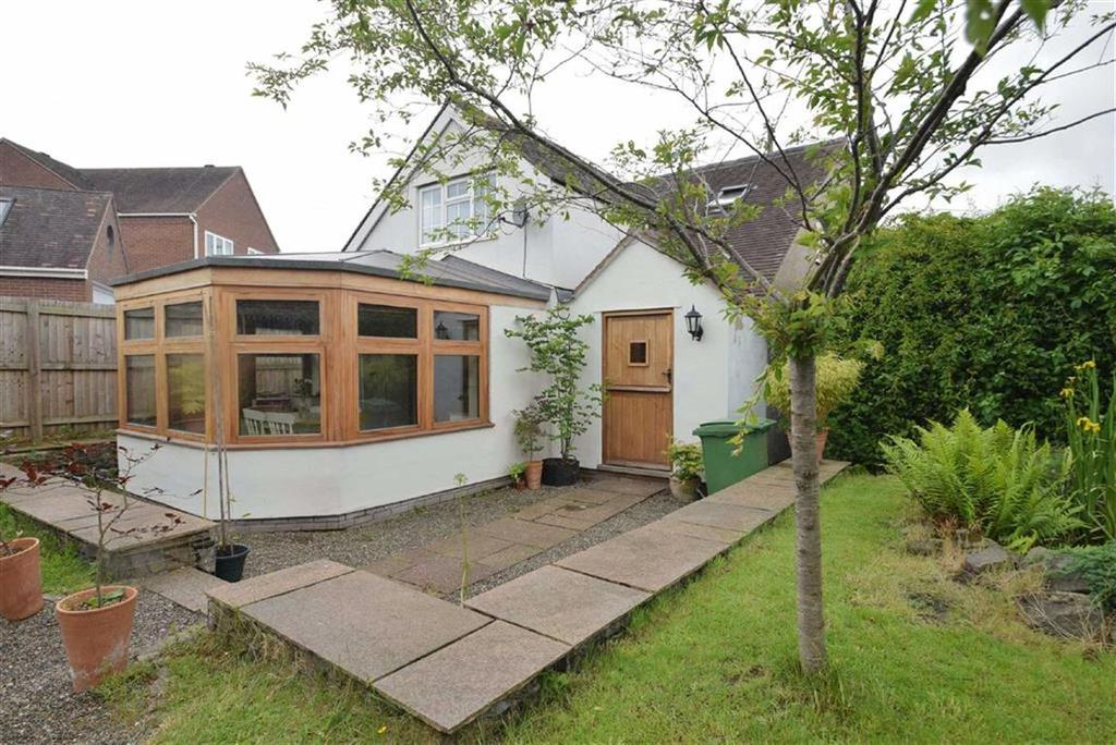 3 Bedrooms Detached House for sale in Cross Lane, Bayston Hill, Shrewsbury