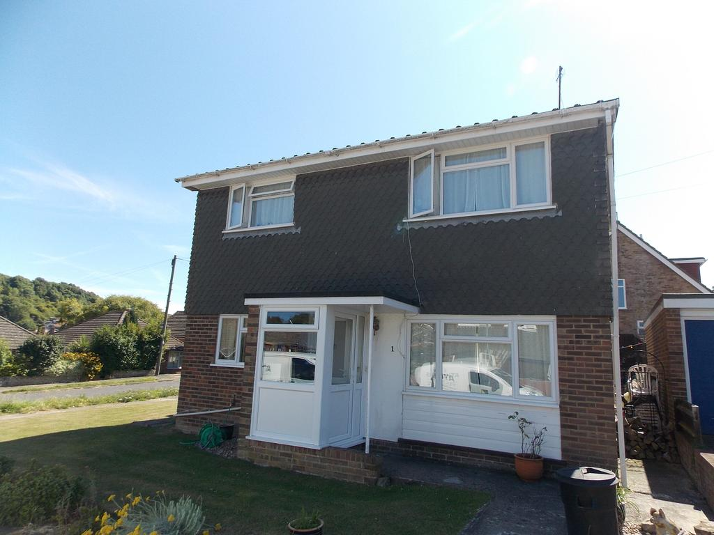 4 Bedrooms Detached House for sale in Harfield Close, Denton, East Sussex