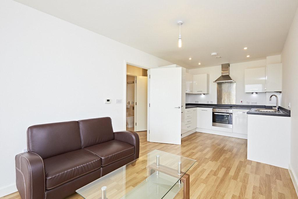 1 Bedroom Flat for sale in Bloemfontein Road, London, W12