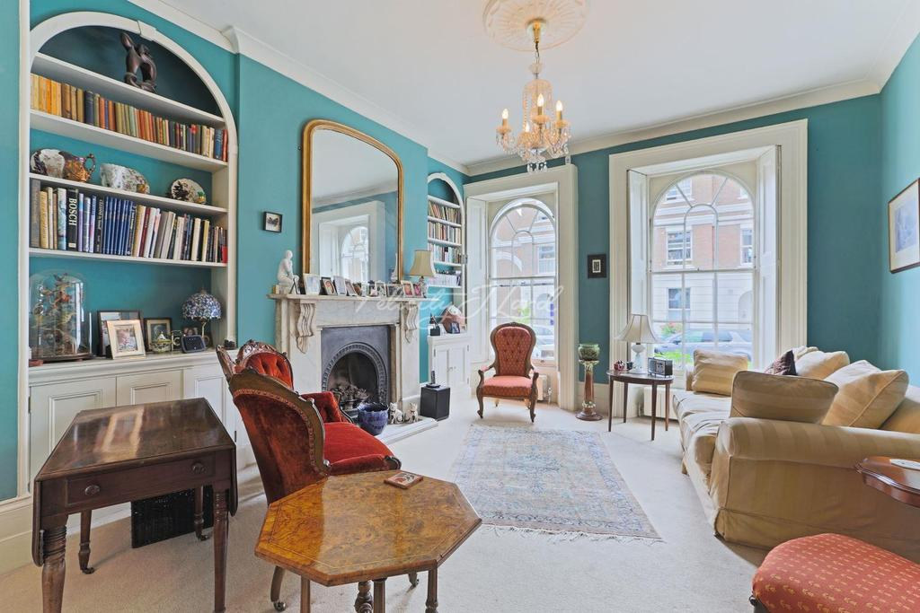 4 Bedrooms Terraced House for sale in Burney Street, Greenwich, London, SE10