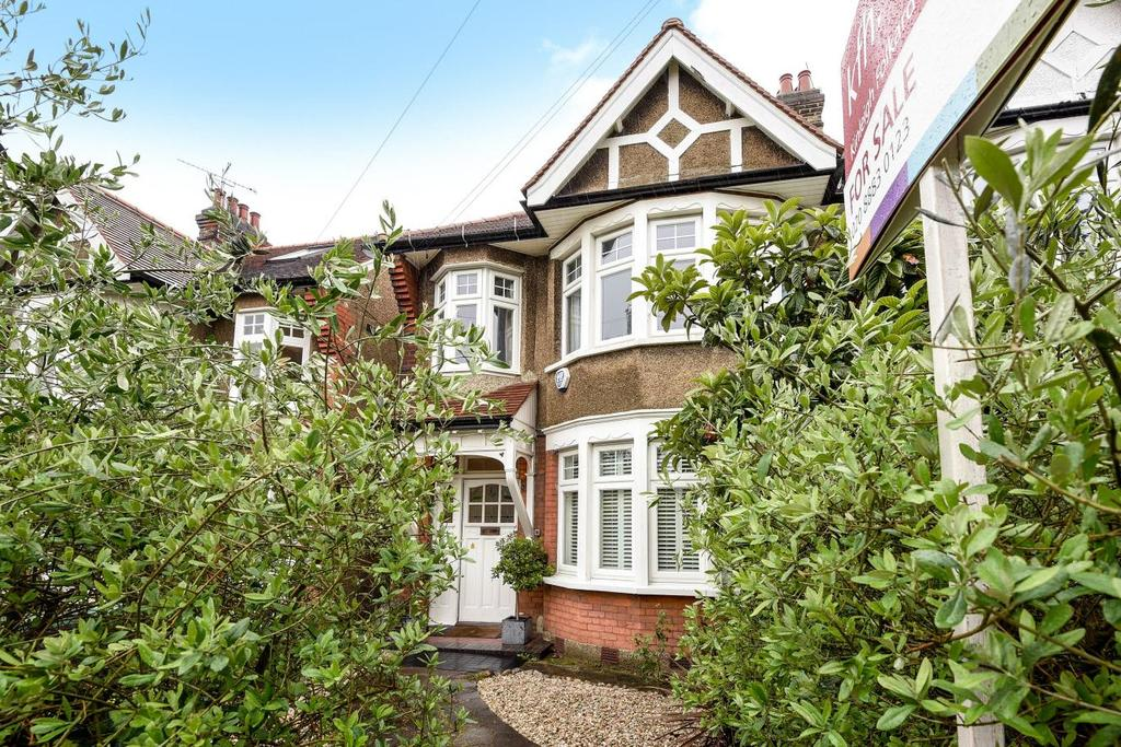 4 Bedrooms Semi Detached House for sale in Blake Road, Bounds Green, N11