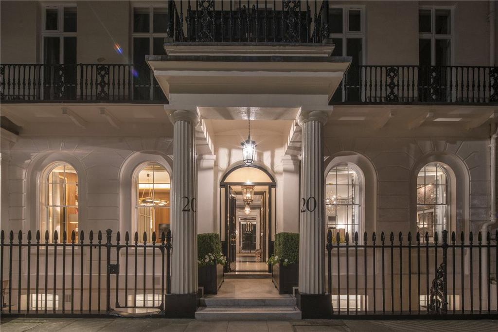 4 Bedrooms Flat for sale in Eaton Square, Belgravia, London, SW1W
