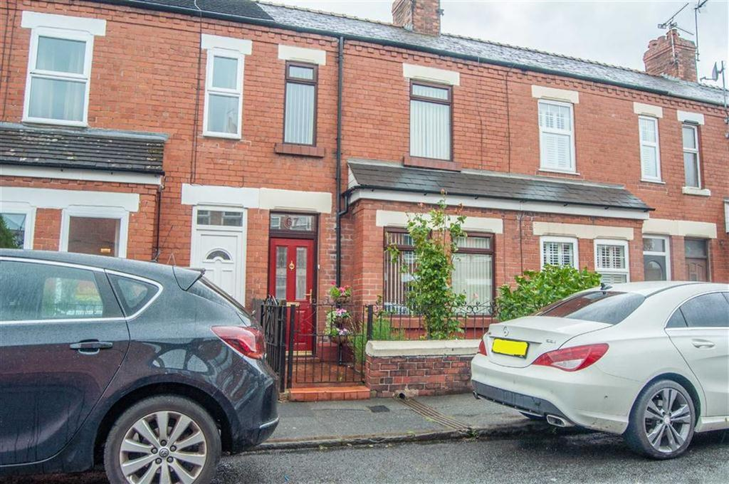 2 Bedrooms Terraced House for sale in Clare Avenue, Hoole, Chester, Chester