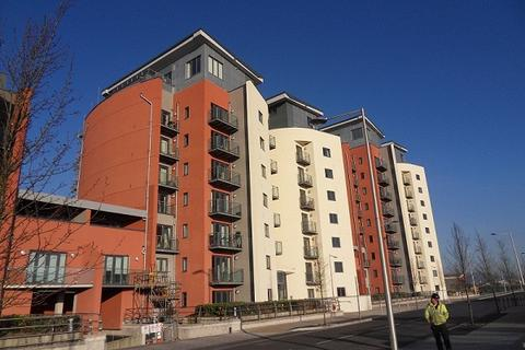 2 bedroom apartment to rent - South Quay, Kings Road, Swansea, SA1 8AJ