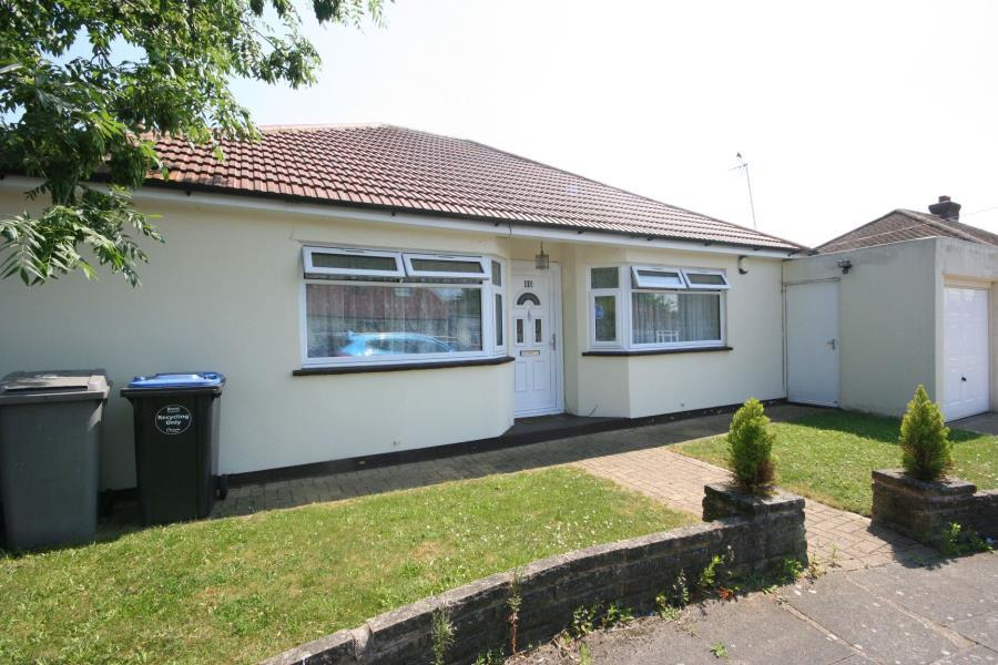 3 Bedrooms Bungalow for sale in Ledway Drive, Preston Road Area HA9 9TQ
