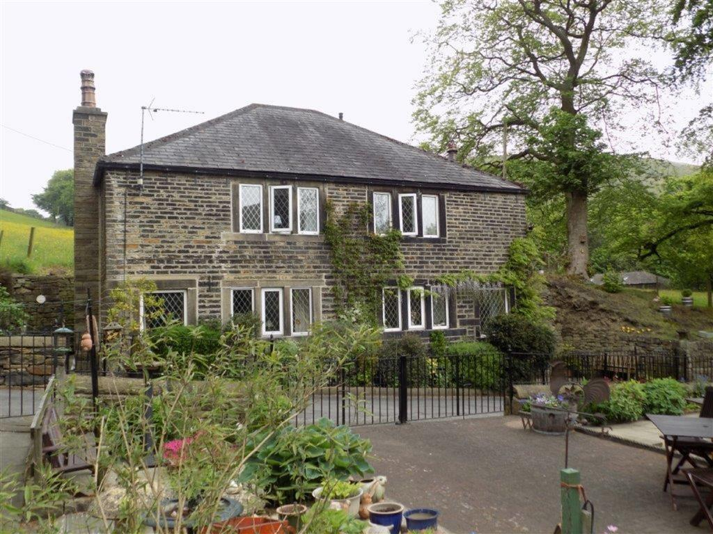3 Bedrooms Detached House for sale in Blakelea Lane, Marsden, Huddersfield, HD7