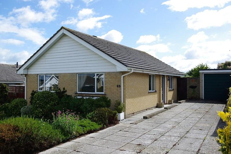 2 Bedrooms Detached Bungalow for sale in Coopers Drive, Bridport