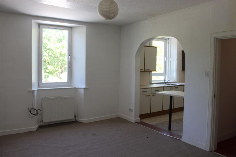 2 Bedrooms Maisonette Flat for sale in Douglas Street, Galashiels, Scottish Borders