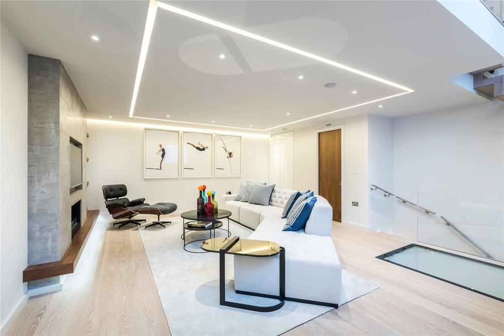 3 Bedrooms Mews House for sale in Colbeck Mews, London, SW7