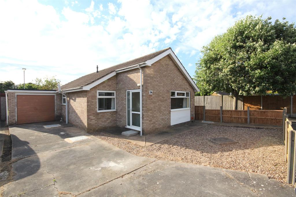 3 Bedrooms Detached Bungalow for sale in Pullan Close, Lincoln, LN5
