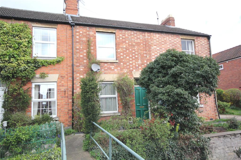 3 Bedrooms Terraced House for sale in Westbanks, Sleaford, NG34
