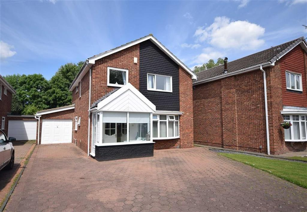 4 Bedrooms Detached House for sale in Tarragon Way, South Shields
