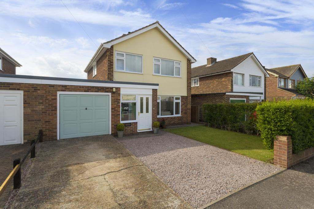 3 Bedrooms House for sale in St Johns Close, Densole, CT18