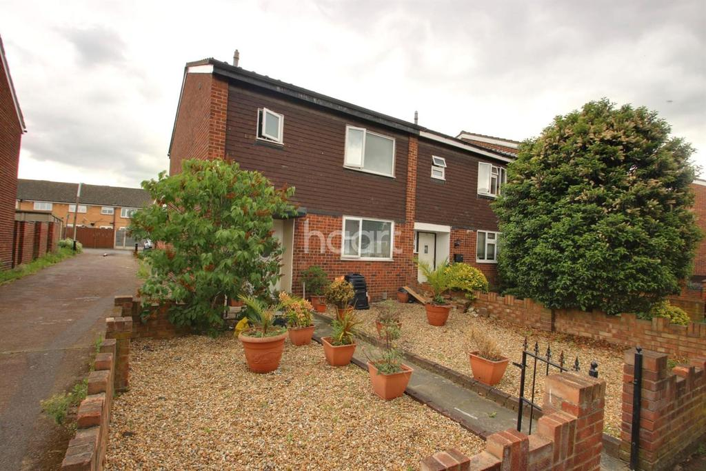 3 Bedrooms End Of Terrace House for sale in Abberton Walk, Rainham
