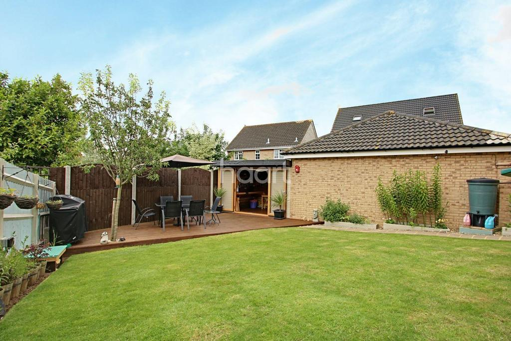 4 Bedrooms Detached House for sale in Hatches Mews, Braintree