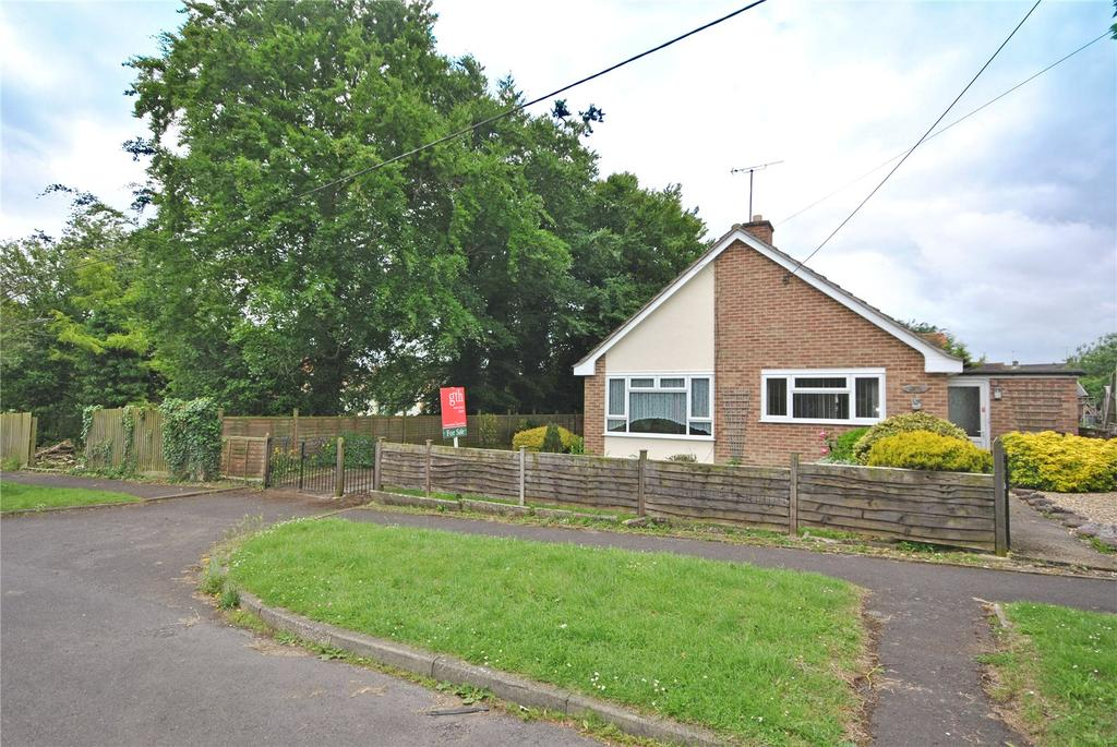 2 Bedrooms Bungalow for sale in Wheathill Way, Milborne Port, Sherborne, Dorset, DT9
