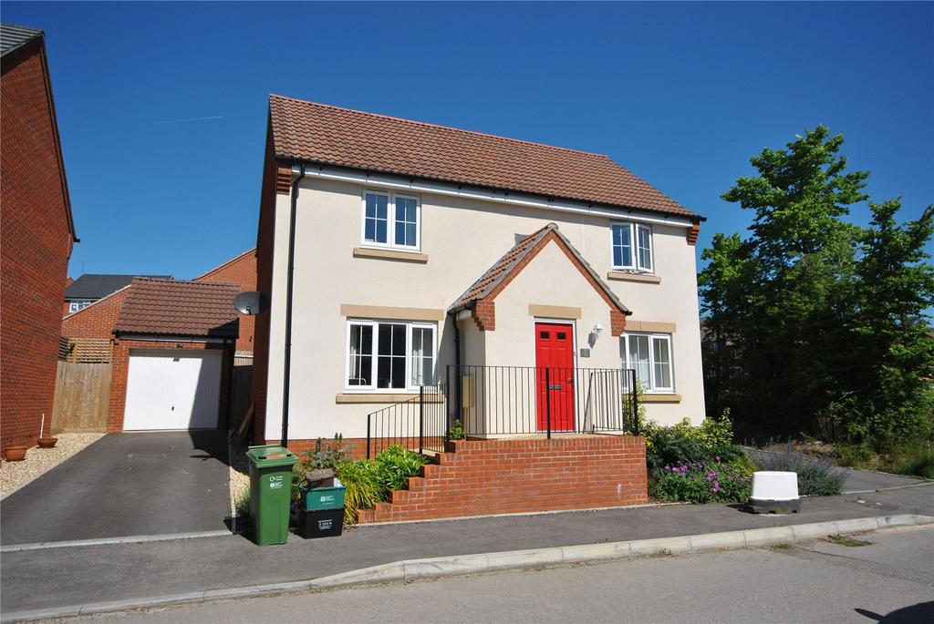 4 Bedrooms House for sale in Crocker Way, Wincanton, Somerset, BA9