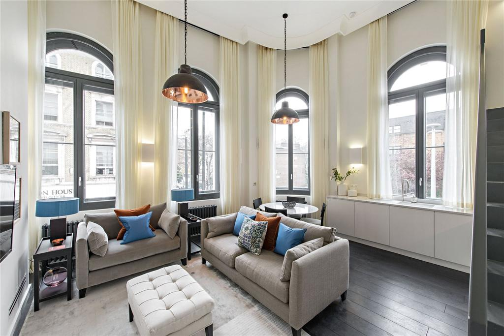 2 Bedrooms Flat for sale in Fulham Road, Chelsea, London