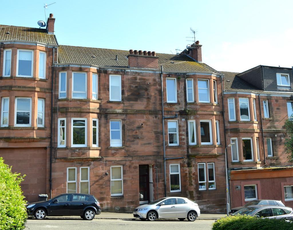 1 Bedroom Flat for sale in Barclay Street, Old Kilpatrick G60 5DF