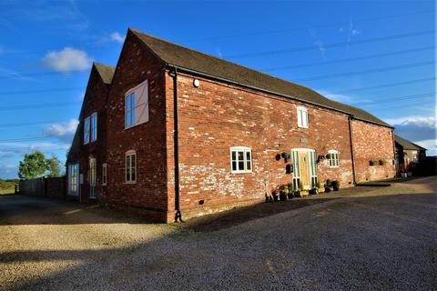 4 bedroom barn conversion to rent - Cappers Lane, Lichfield