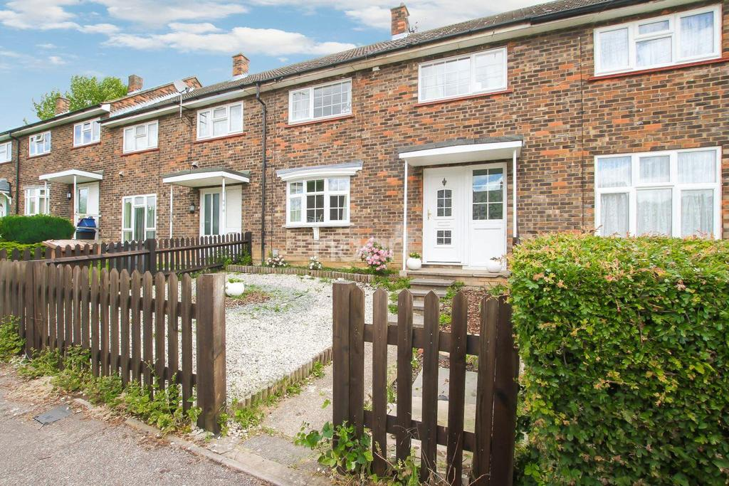 3 Bedrooms Terraced House for sale in Warwick Road, Chells, Stevenage