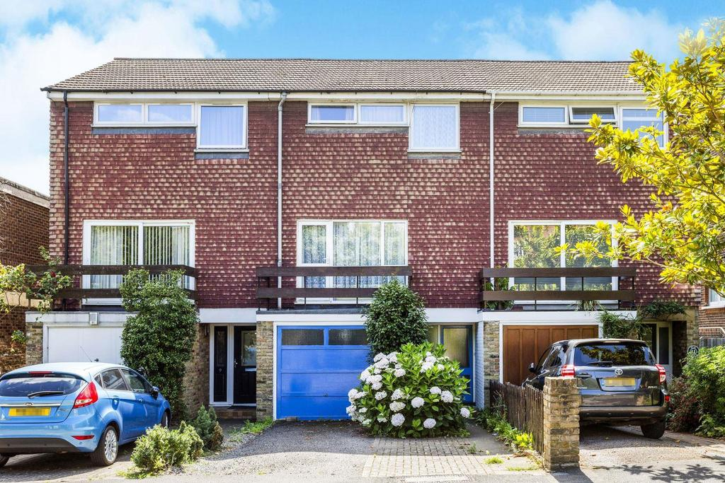 3 Bedrooms Terraced House for sale in Elm Grove, Wimbledon, SW19