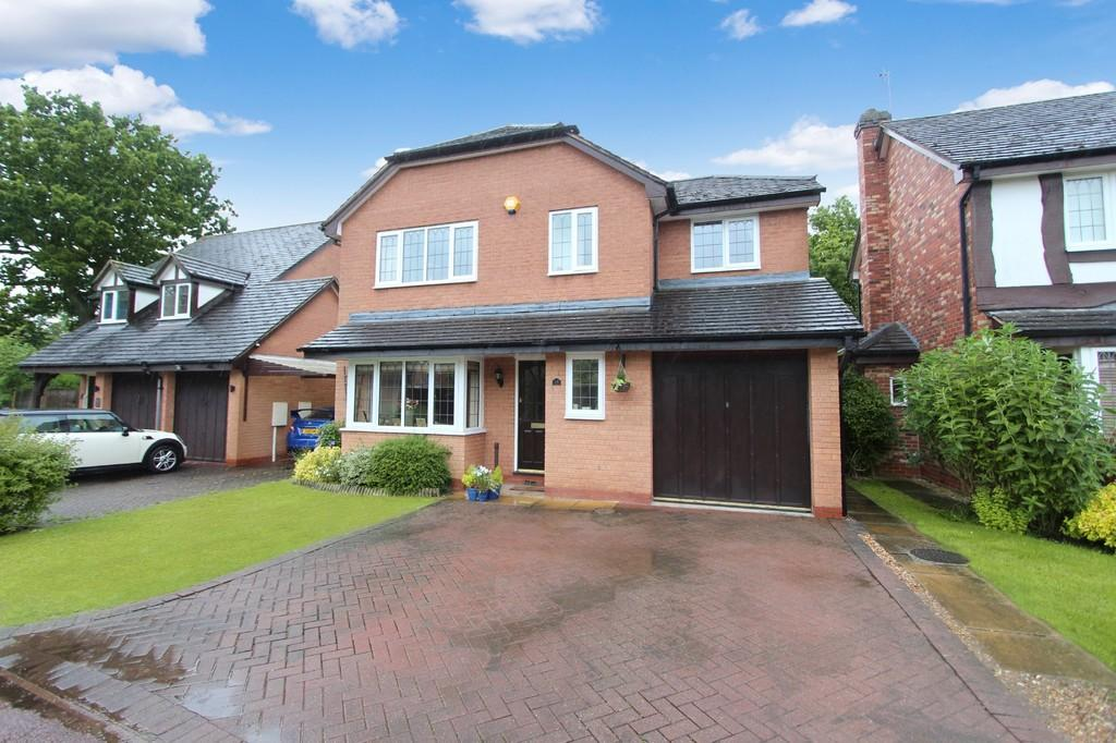 4 Bedrooms Detached House for sale in Woodstock Crescent, Dorridge