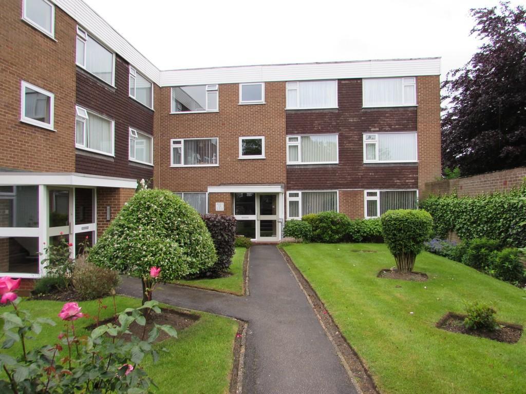 2 Bedrooms Apartment Flat for sale in Kingslea Road, Solihull