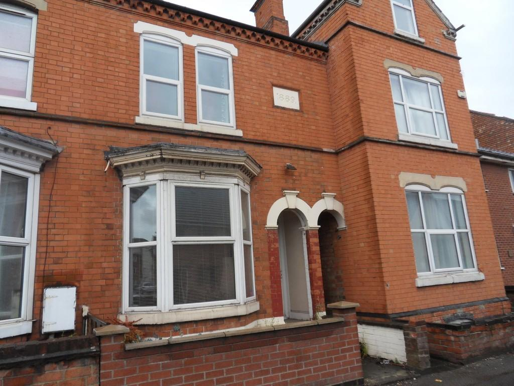 2 Bedrooms Terraced House for sale in Derby Road, Loughborough