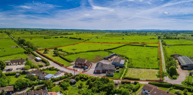 4 Bedrooms Farm Land Commercial for sale in Wisteria Farm, Fordgate, Bridgwater, Somerset