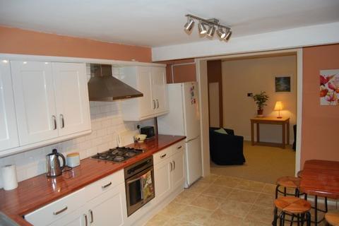 4 bedroom terraced house to rent - Wyles Street,  Gillingham, ME7