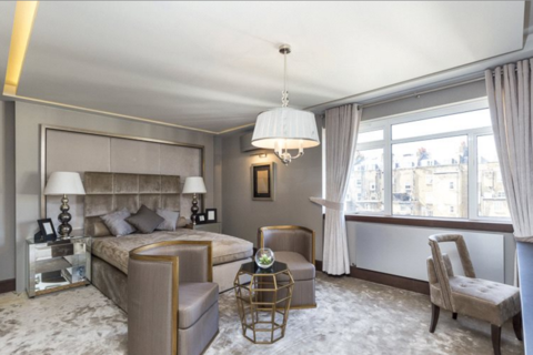3 bedroom apartment for sale - Gloucester Square, London, W2