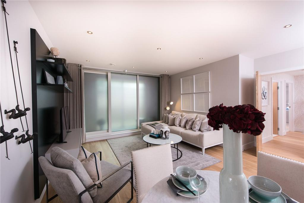 1 Bedroom Flat for sale in Chiswick High Road, Chiswick, London, W4