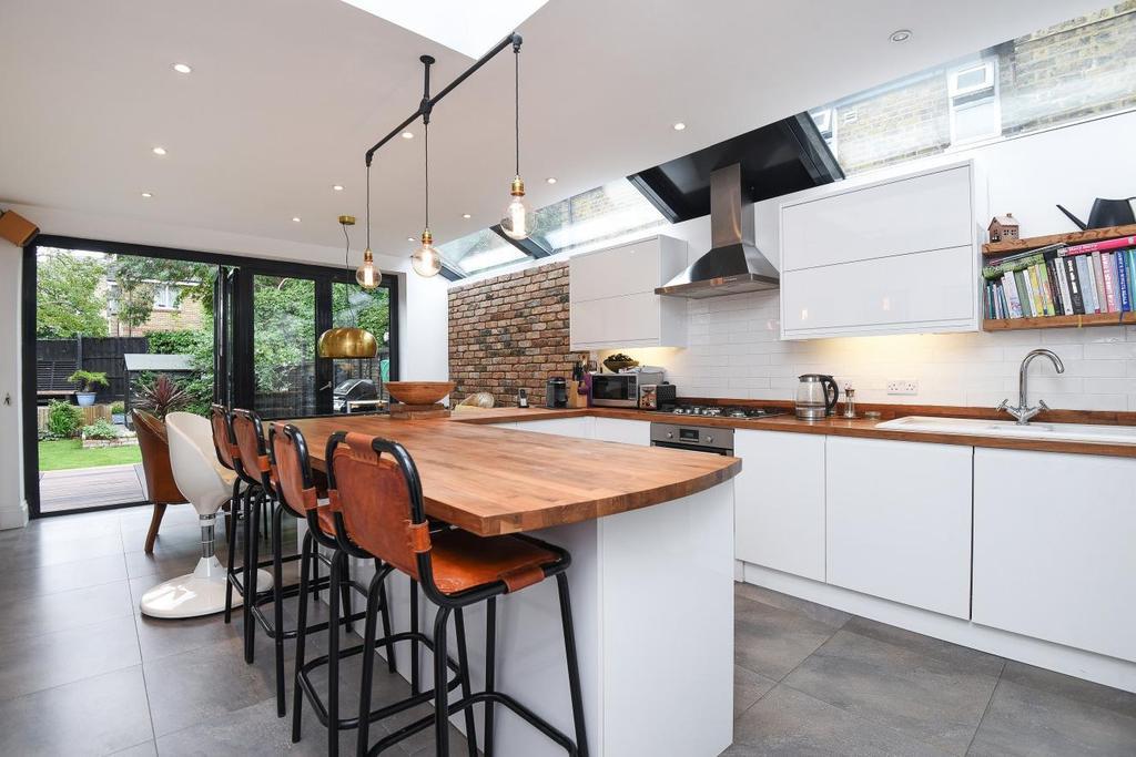 4 Bedrooms Terraced House for sale in Malpas Road, Brockley, SE4