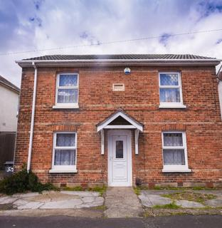3 bedroom detached house for sale - Spring Road, Bournemouth BH1