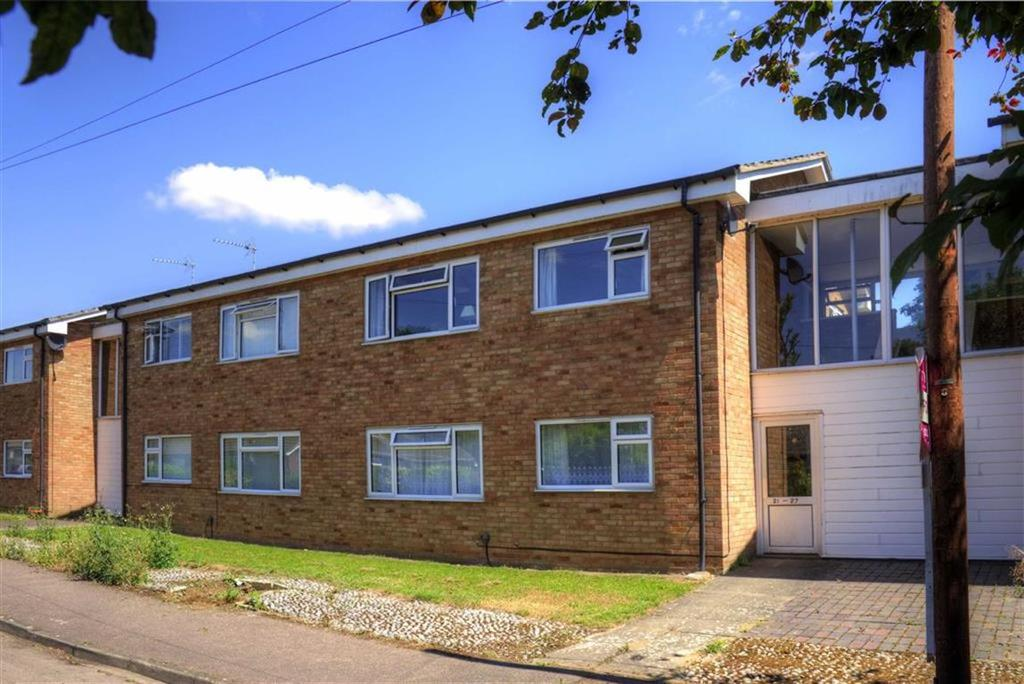 1 Bedroom Flat for sale in Woottens Close, Comberton, Cambridge