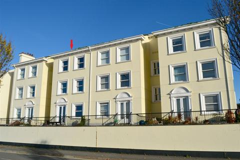 2 bedroom flat for sale - Taw Vale, Barnstaple