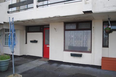 1 bedroom flat for sale - Harden Road, Stockwood