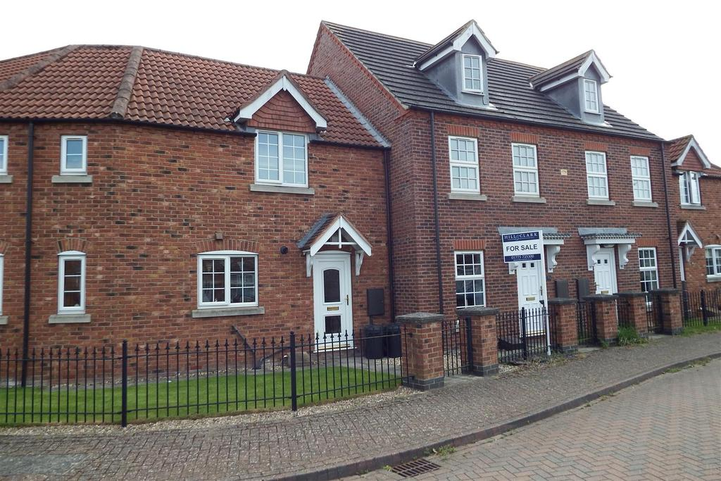 2 Bedrooms Terraced House for sale in Woodrow Place, Spalding