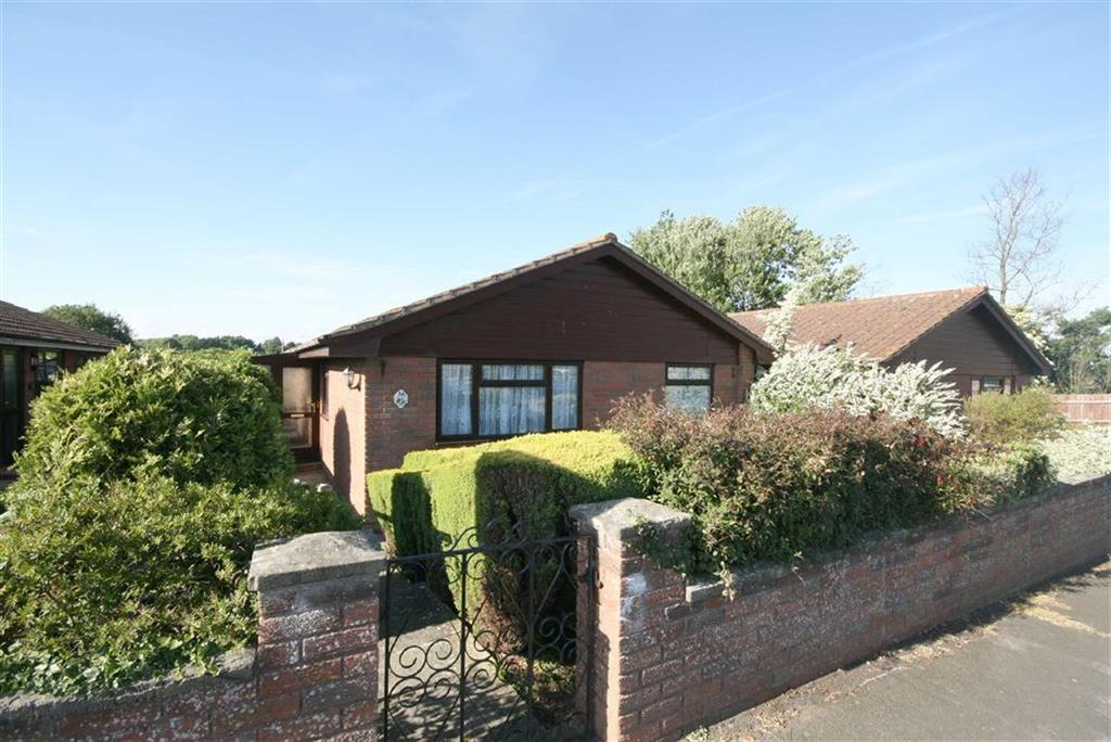 3 Bedrooms Detached Bungalow for sale in Telscombe Road, Peacehaven