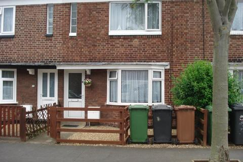 2 bedroom house to rent - Montague Road