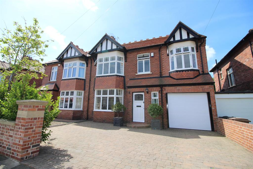 5 Bedrooms Semi Detached House for sale in Princeway, Tynemouth