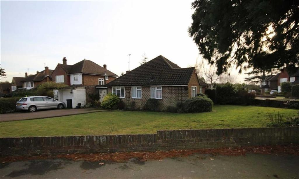 3 Bedrooms Bungalow for sale in Williams Way, Radlett, Hertfordshire