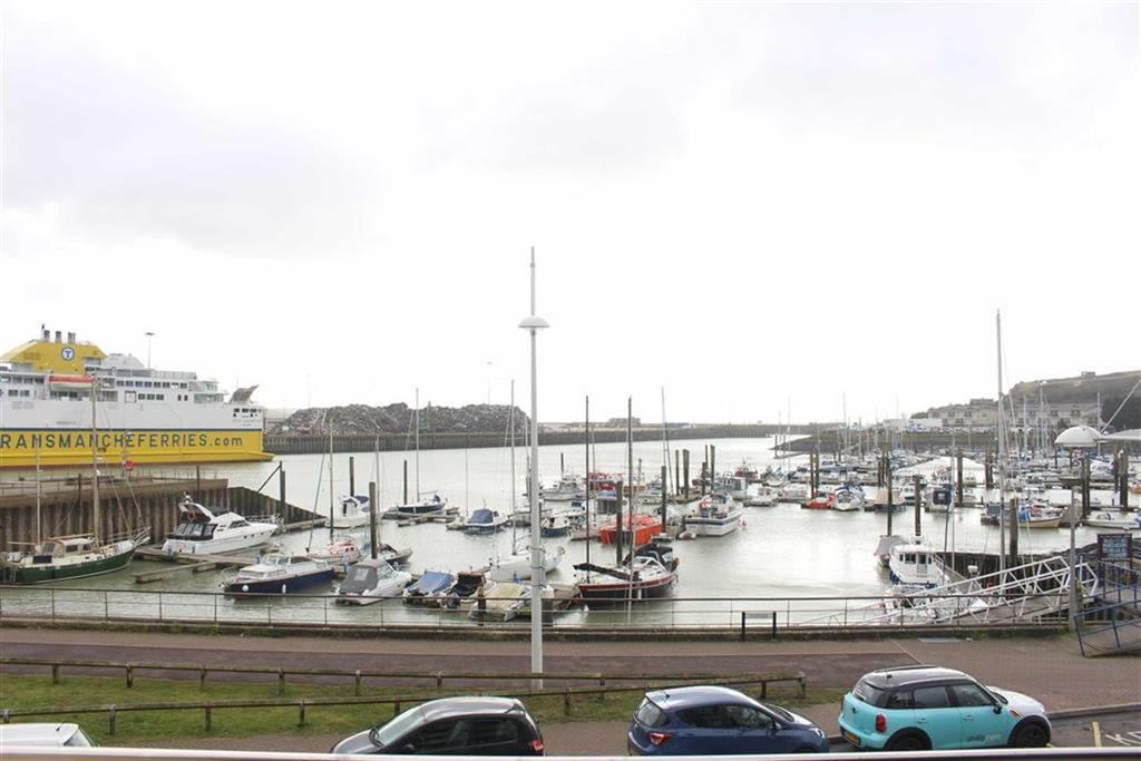 2 Bedrooms Apartment Flat for sale in West Quay, Newhaven
