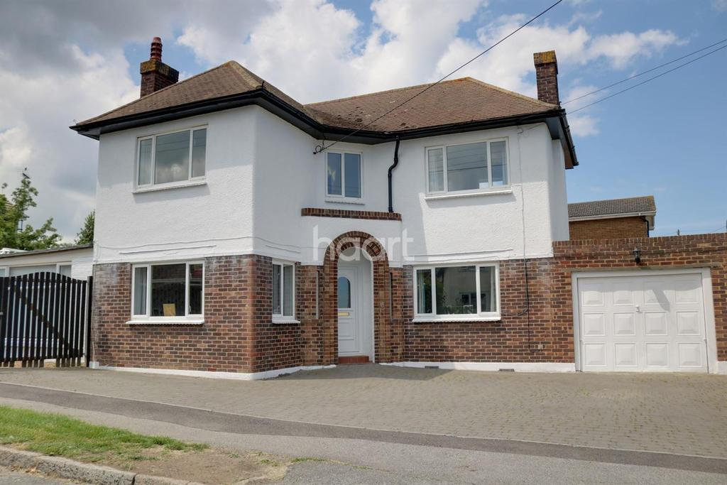 4 Bedrooms Detached House for sale in Seathorpe Avenue, Minster on Sea