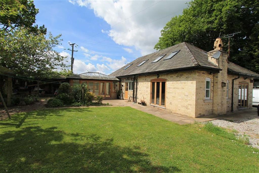 5 Bedrooms Detached House for sale in Hobcroft Lane, Mobberley