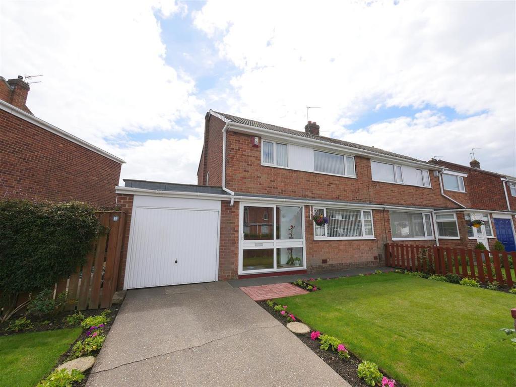 3 Bedrooms Semi Detached House for sale in Launceston Drive, East Herrington, Sunderland