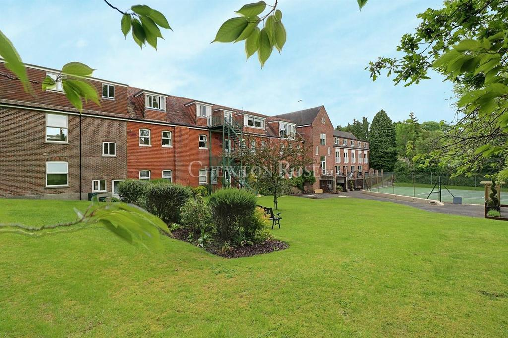 2 Bedrooms Apartment Flat for sale in Burwash, Etchingham, East Sussex TN19